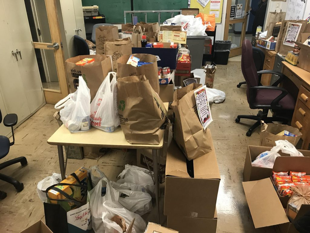 Food Drive aims to fill pantry shelves